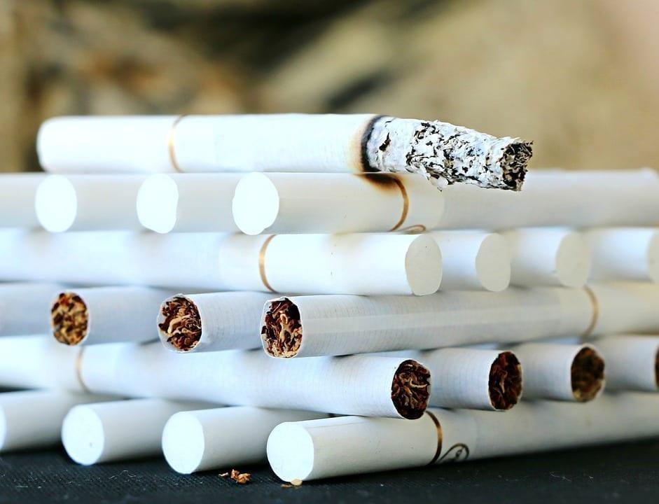 arr ter de fumer comparatif des solutions pour en finir avec le tabac. Black Bedroom Furniture Sets. Home Design Ideas