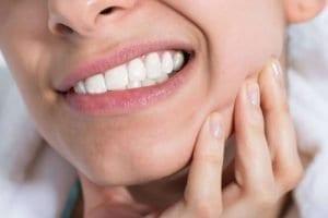abces dentaire douloureux