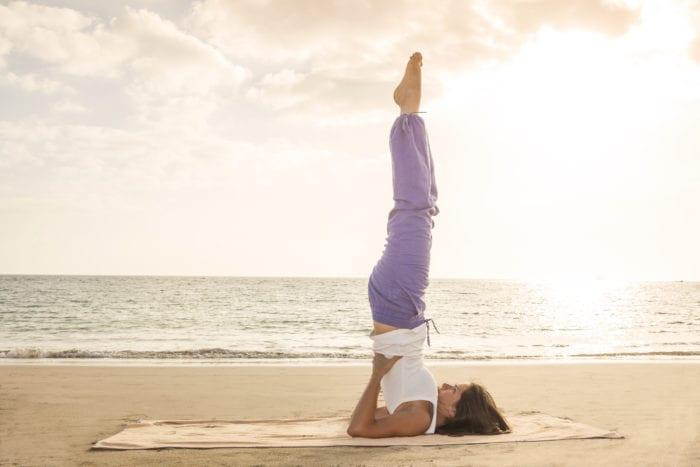 yoga posture chandelle