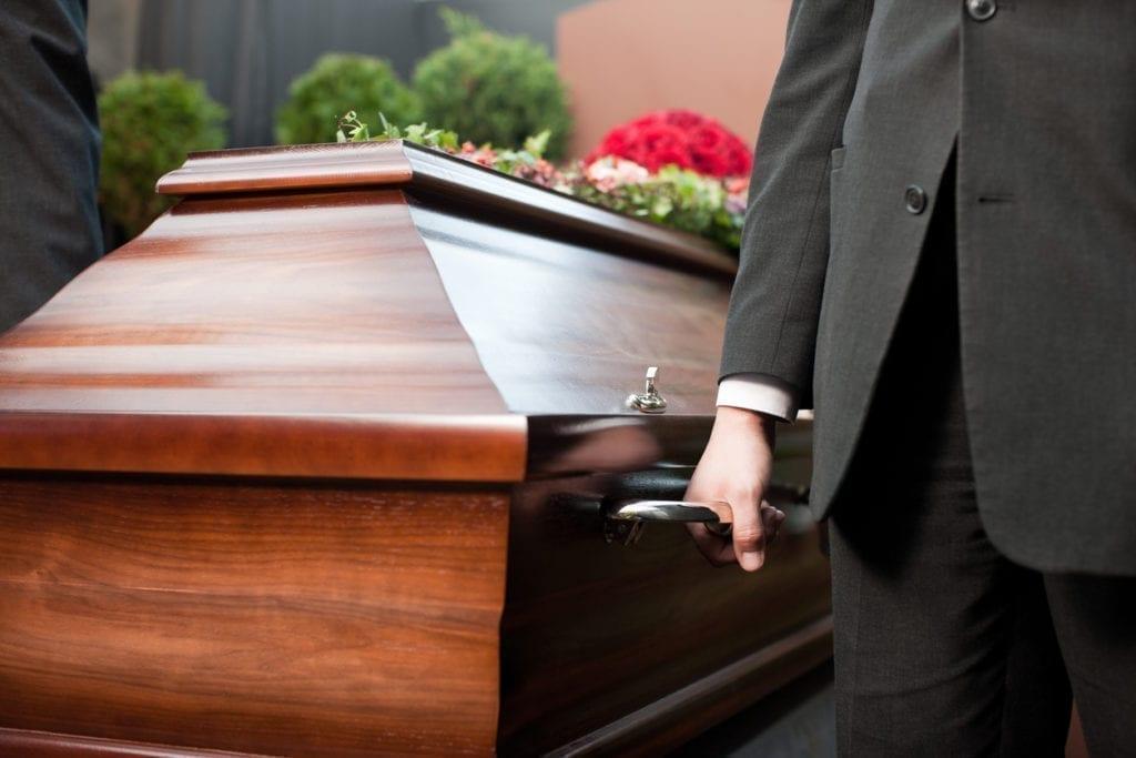etre pret pour ses funerailles